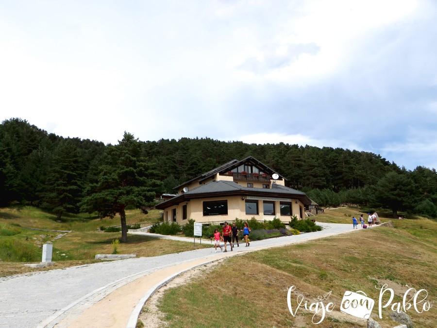 Casa del Parque del Puerto de Cotos subida a Peñalara