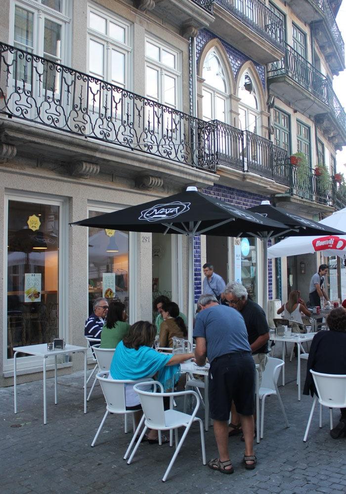 Exterior de Natas Lisboa comer en Oporto