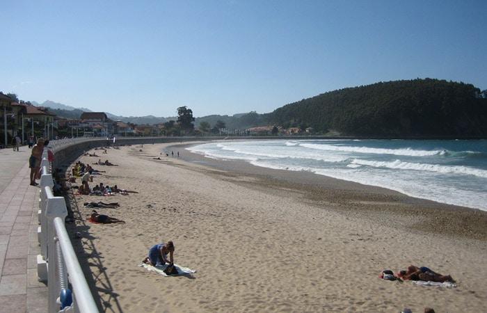 Playa Santa Marina de Ribadesella viaje a Asturias