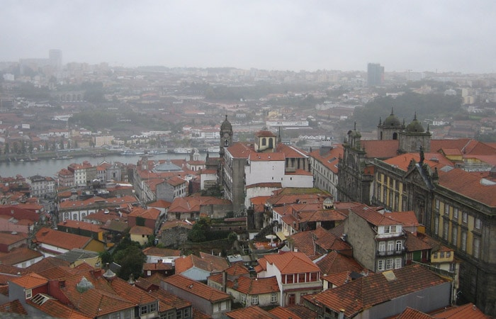 Oporto y Vila Nova de Gaia desde la Torre de los Clérigos.