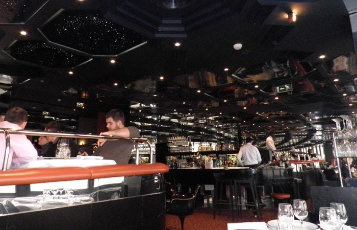 Interior del Restaurante Le Ciel de París Torre de Montparnasse