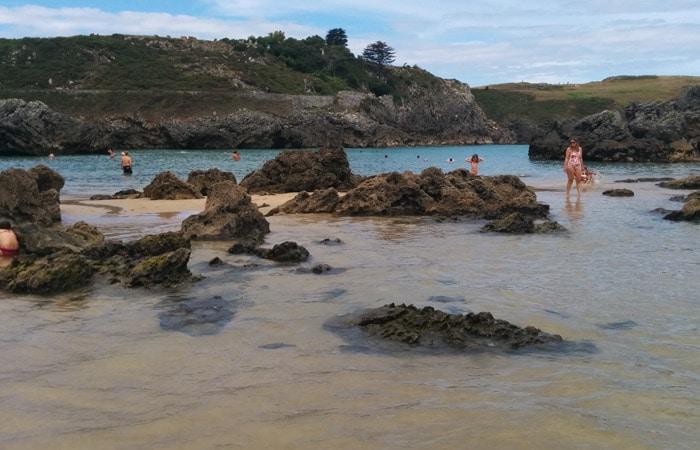 Playa de Borizu en Celorio turismo en Asturias