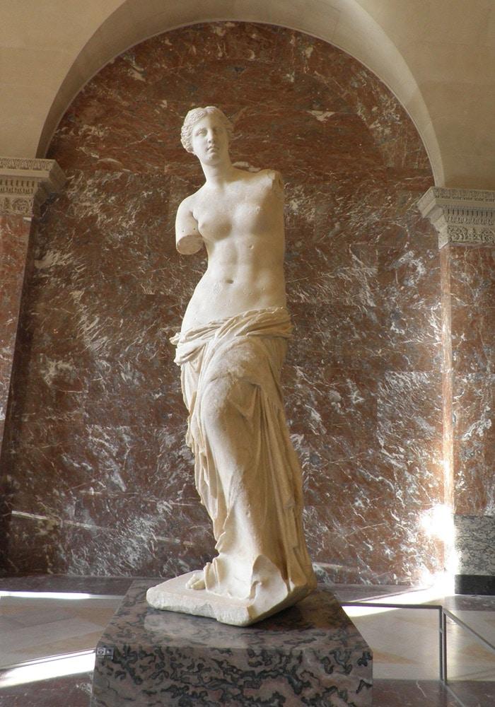 Venus de Milo qué ver en el Louvre