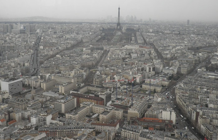 Otra vista de París desde el restaurante Le Ciel de París Torre de Montparnasse