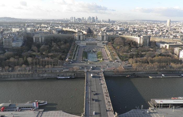Río Sena y plaza del Trocadero desde la Torre Eiffel de París crucero por el Sena