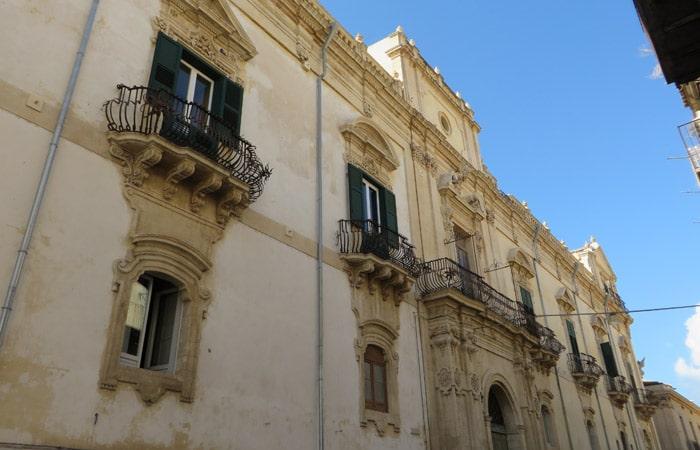 Palazzo Trigona Cannicarao en Noto Sicilia