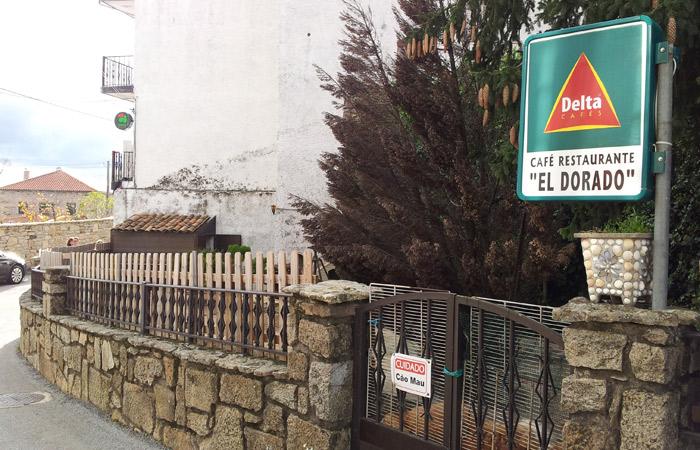 Exterior del restaurante El Dorado de Foios Portugal