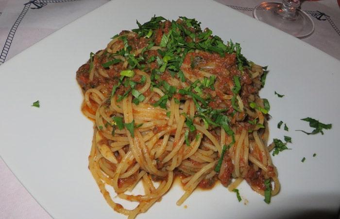 Spaghetti Bolognese del ristorante Mirage de Taormina comer en Sicilia
