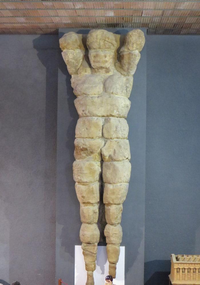 Telamón en el Museo Arqueológico Valle de los Tempos Agrigento
