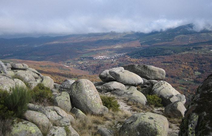 Vista de Candelario desde la Peña Negra