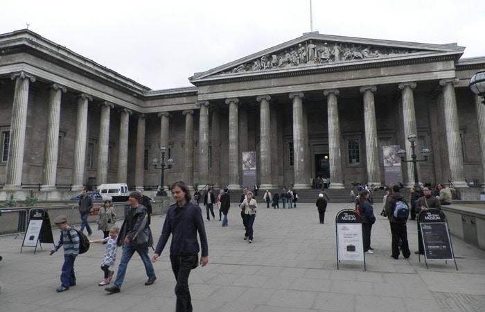 Exterior de British Museum museos de Londres