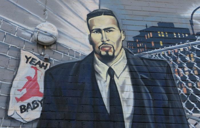 Detalle del grafiti de Big Pun en el Bronx contrastes de Nueva York