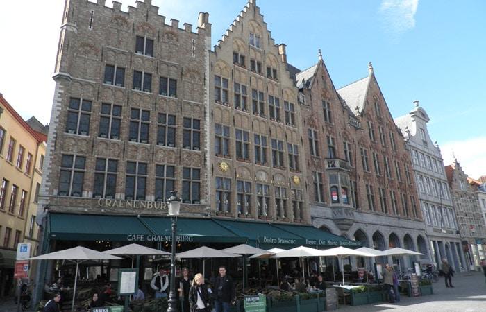 Edificios del Markt qué ver en Brujas en un día