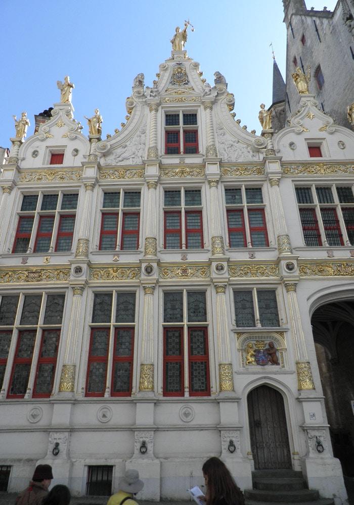 Antiguo Palacio de Justicia y actual museo qué ver en Brujas en un día