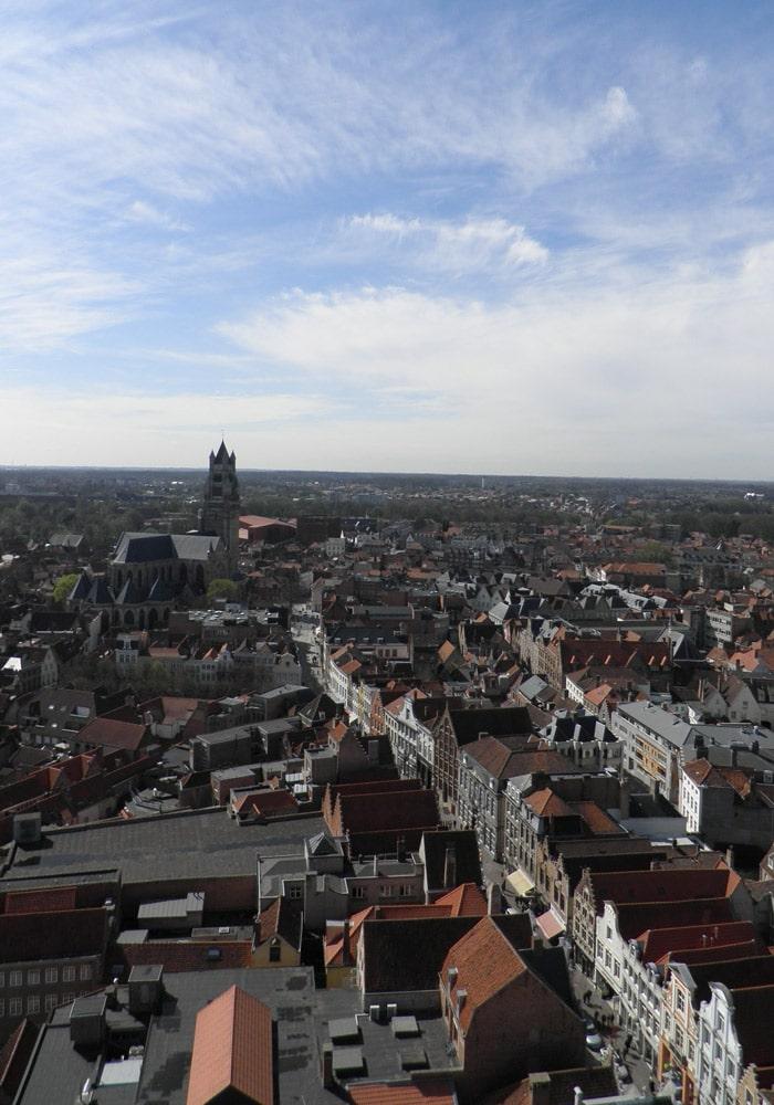 Panorámica de la ciudad desde la Torre el Campanario qué ver en Brujas en un día