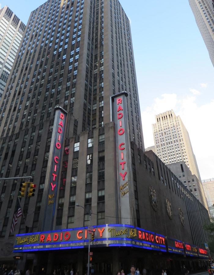 Radio City Music Hall contrastes de Nueva York