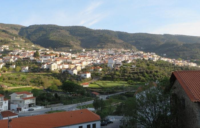 Vista de Manteigas al inicio de la ruta del Jabalí