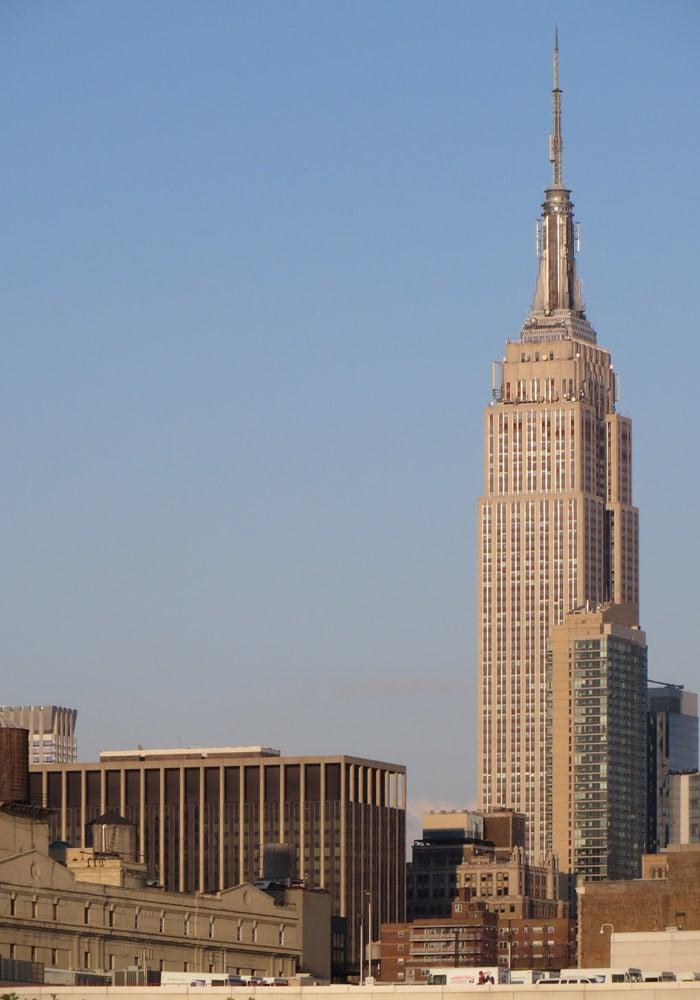 Empire State, a plena luz del día paseo en barco por Nueva York