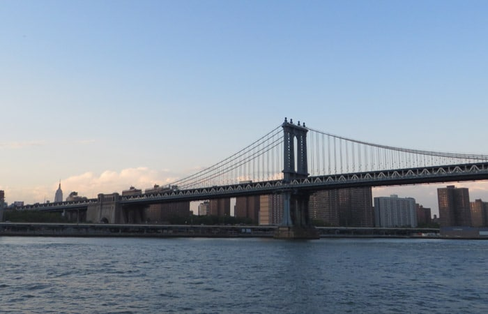 Puente de Manhattan paseo en barco por Nueva York