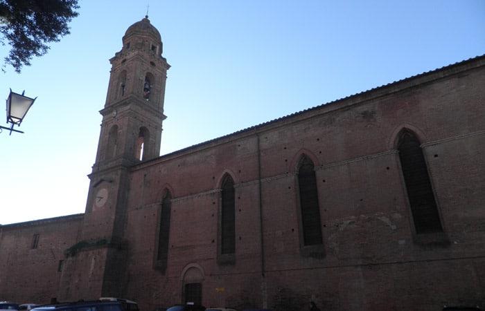 Convento e iglesia de San Niccolò del Carmine de Siena