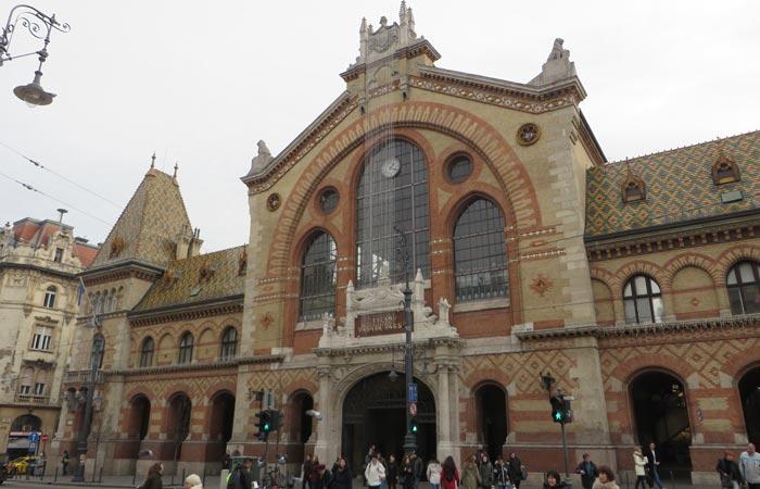 Fachada del Mercado Central de Budapest