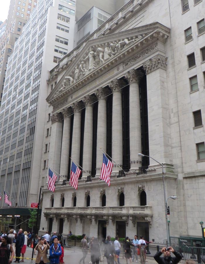 Edificio de la Bolsa de Nueva York en Wall Street