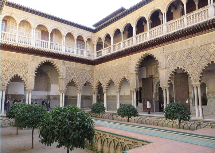 Patio de las Doncellas de los Reales Alcázares monumentos de Sevilla