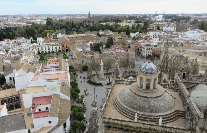 La Plaza del Triunfo desde la Giralda monumentos de Sevilla