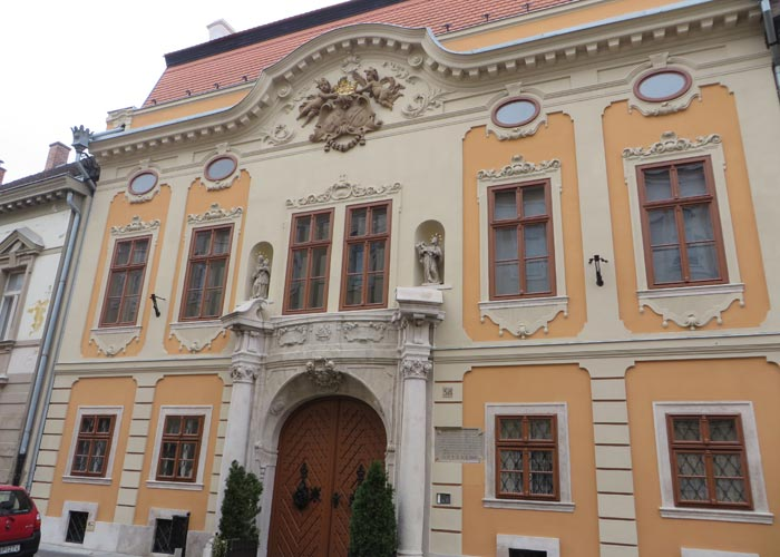 Bonito edificio de Úri utca