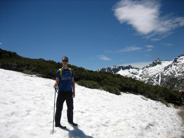 Nieve de primavera durante la ruta de la Laguna Grande de Gredos