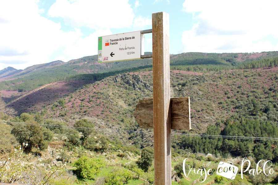 Indicación del tramo del GR-10 a la Peña de Francia