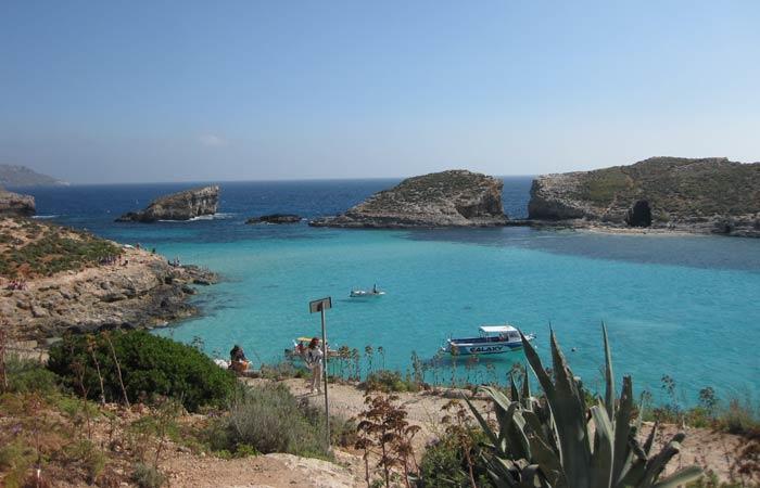 El agua cristalina, una de las características del Mediterráneo qué hacer en Malta