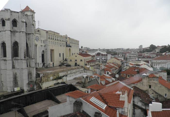 Convento do Carmo desde el Elevador de Santa Justa miradores de Lisboa