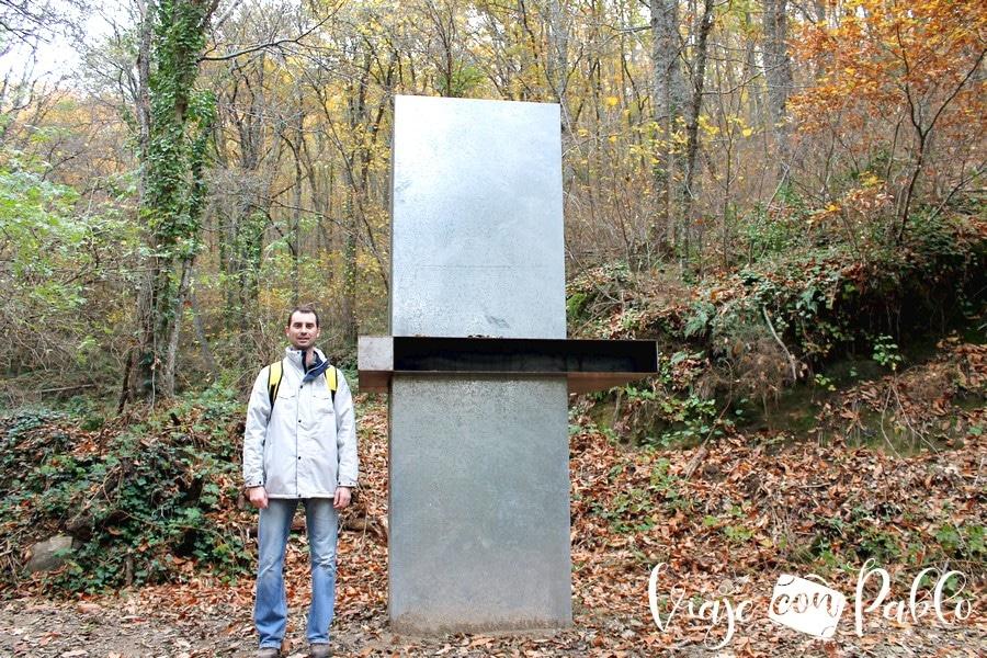 """""""Estructura torre de intercambio"""" de Jesús Palmero bosque de los espejos"""