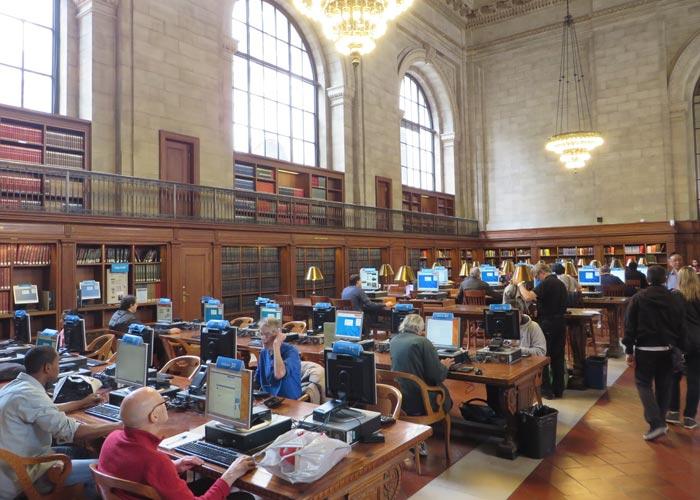 Sala de ordenadores en el Biblioteca Pública de Nueva York