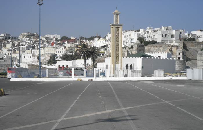 La ciudad, desde el puerto un día en Tánger