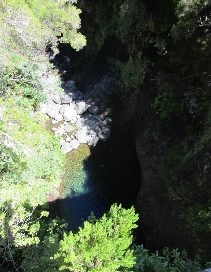 Vista desde el puente sobre el barranco del Risco levada das 25 fontes