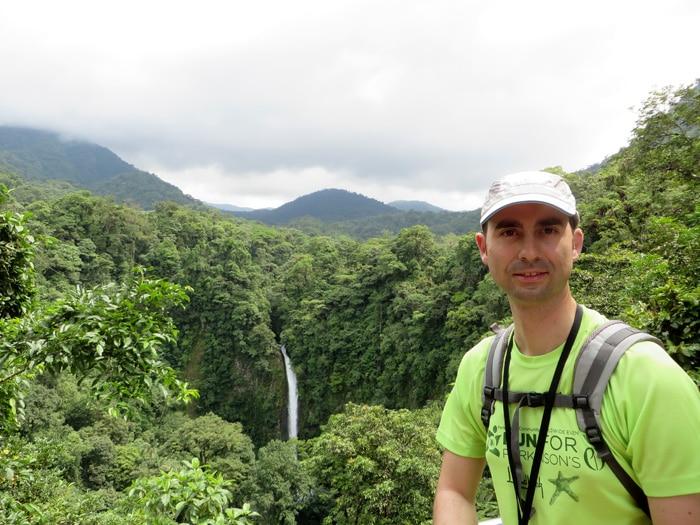Cascada de Pino Blanco en La Fortuna Costa Rica por libre