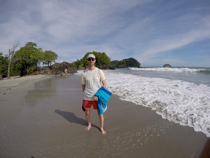 En la playa en Manuel Antonio Costa Rica por libre