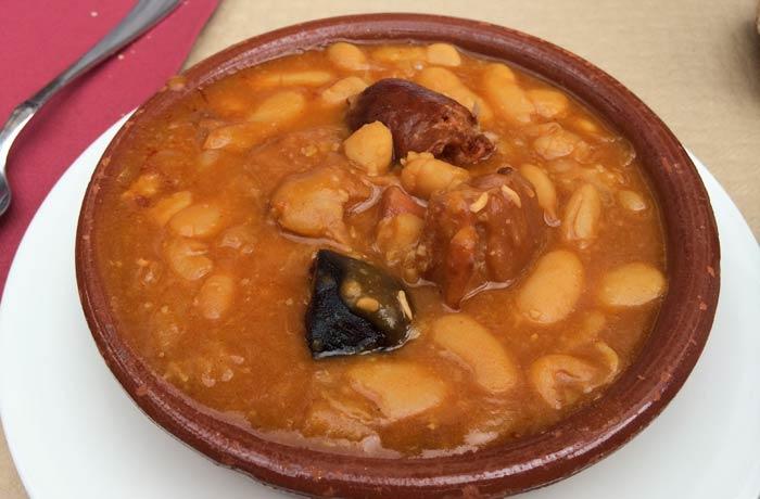 Fabada asturiana del Ovetense de Cangas de Onís comer en Asturias