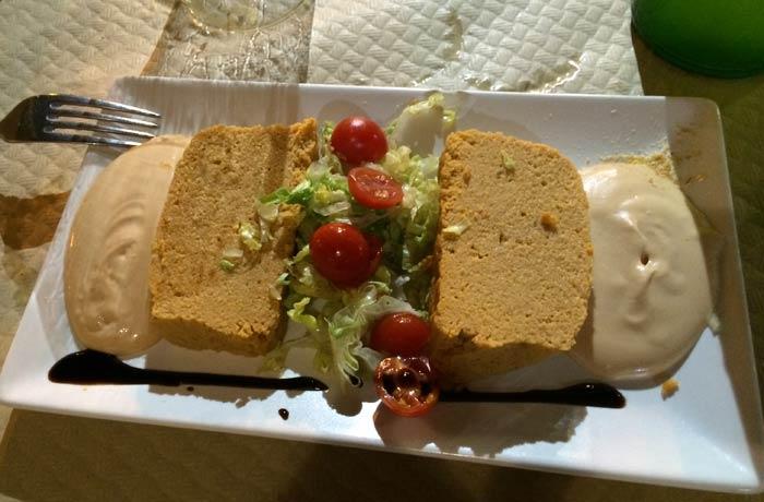 Pastel de cabracho del Ovetense de Cangas de Onís comer en Asturias