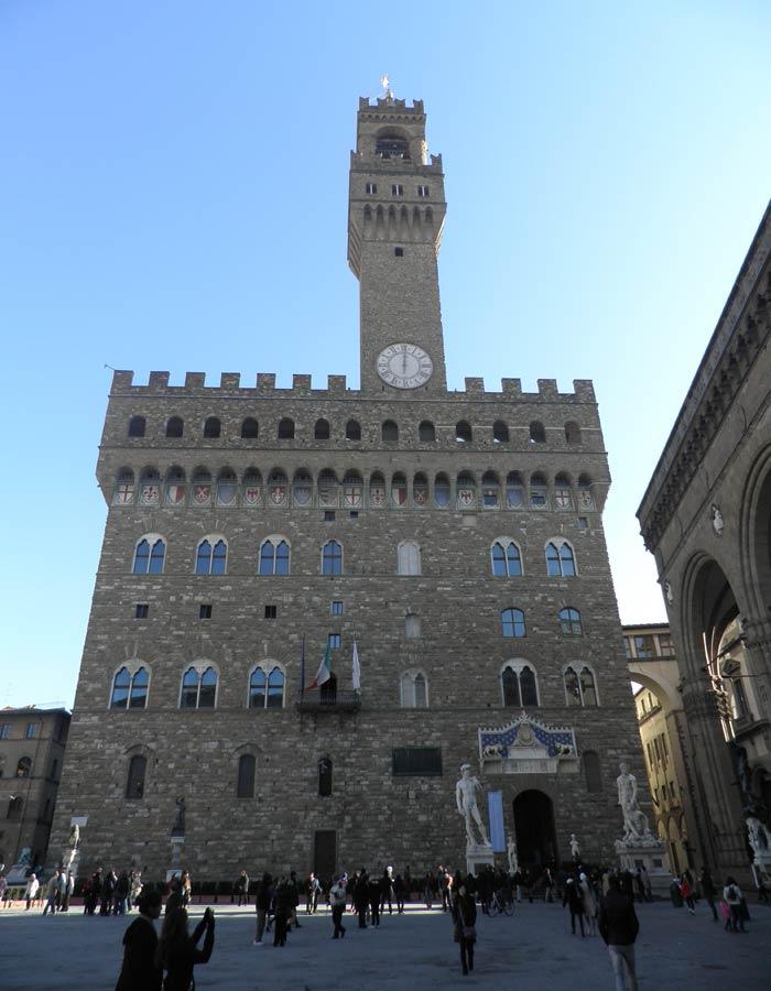 Palazzo Vecchio en la Plaza de la Señoría de Florencia plazas más bonitas de Europa
