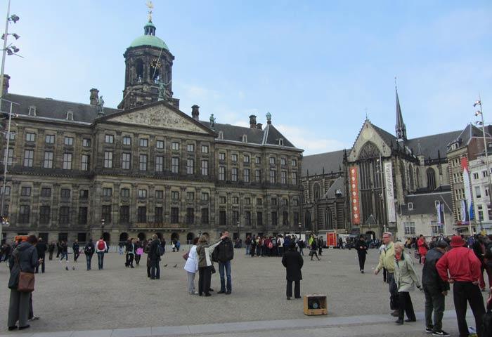 Plaza Dam de Amsterdam plazas más bonitas de Europa