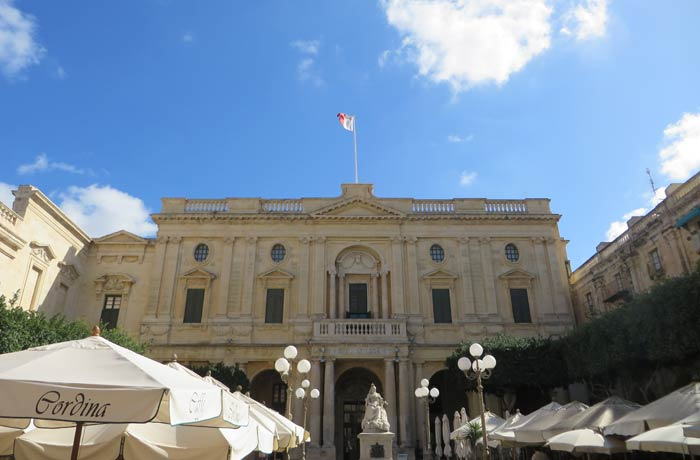 Biblioteca Nacional de Malta qué ver en La Valeta