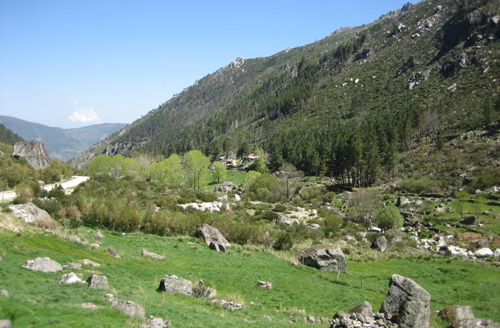 Paisaje al inicio de la ruta Sierra de la Estrella