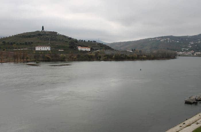Vista del Duero desde Regua
