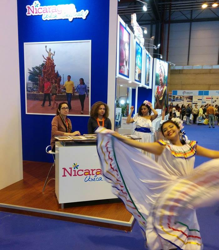 Baile en el estand de Nicaragua Fitur 2016