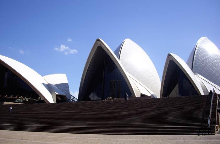 """La singular construcción de la Ópera y sus """"velas"""" qué ver en Sídney"""
