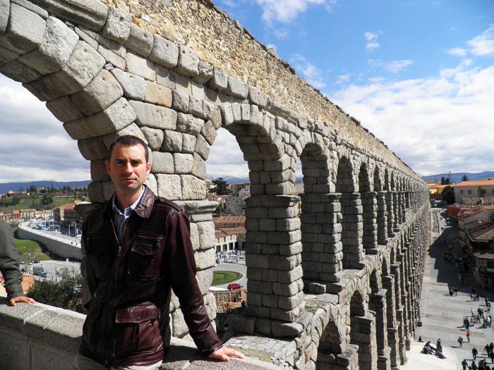 Vista del Acueducto desde la plaza de Avendaño qué ver en Segovia en un día