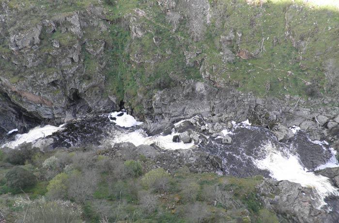 Vita del río Uces Pozo de los Humos